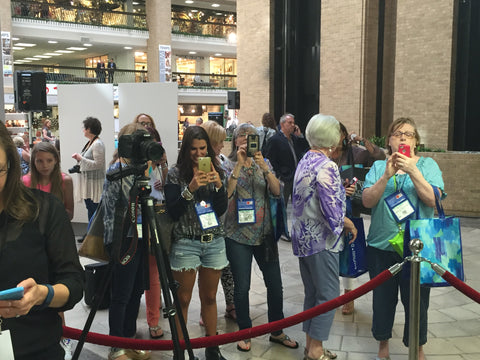 Paula Deen Fan Crowd