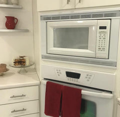 Do Anything Better: Clean Your Microwave