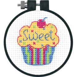 "Dimensions Counted Cross Stitch Kit 3"" Cupcake (11 Count)"