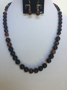 Banded Carnelian Graduated Necklace