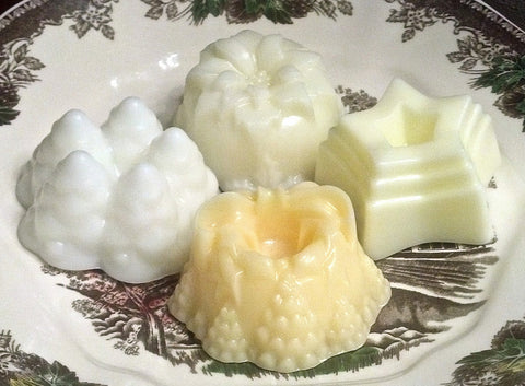 Scented wax Winter Wreath Cake Melts-YOU choose scent!