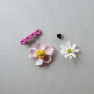 Flower Clip // Grapeseed