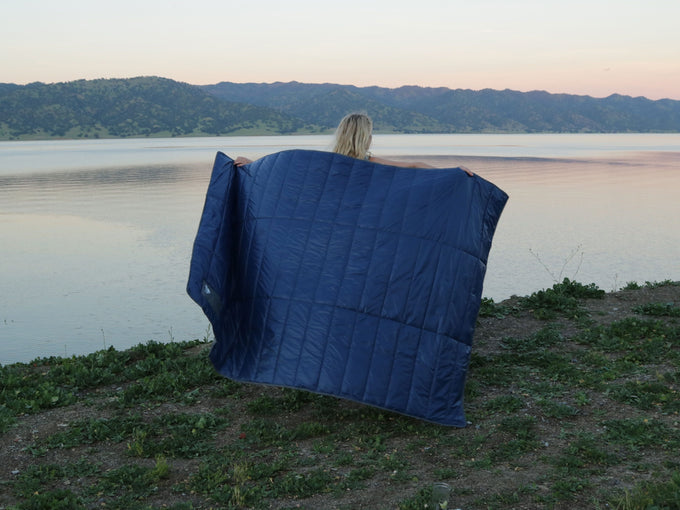Base Camp Blanket - Navy/Grey