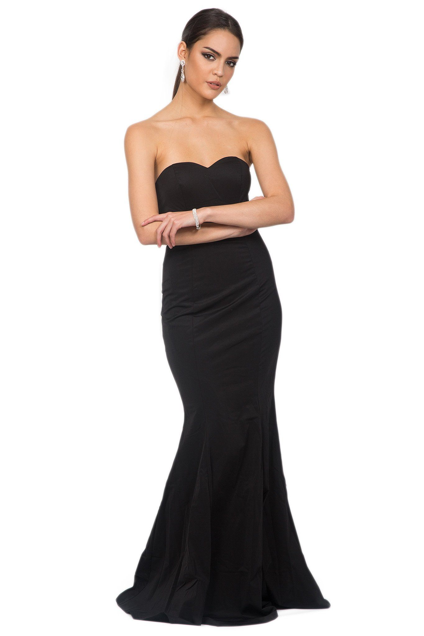 Black strapless sleeveless floor length evening fitted bodycon gown with sweetheart neckline and mermaid tail