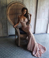 Roselle luxe sequin gown in rose gold worn by blogger @shiraleecoleman
