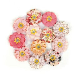 Prima Flowers Love Clippings 12 Pieces
