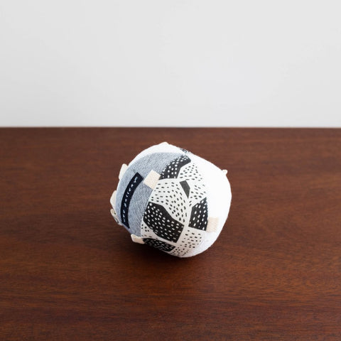 Wee Gallery Organic Sensory Ball with Rattle