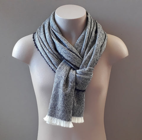 Dacre Diamond Twill Scarf - Chocoblack