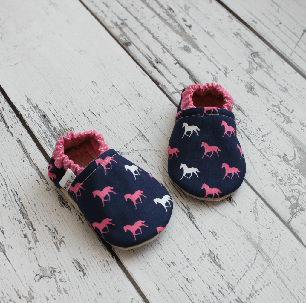 Soft sole baby moccasins, baby booties, soft sole moccs, baby moccasins, fabric baby booties, crib shoes, baby girl booties, baby girl moccs, slip on booties, girl baby booties
