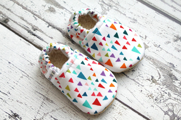 White triangle baby booties