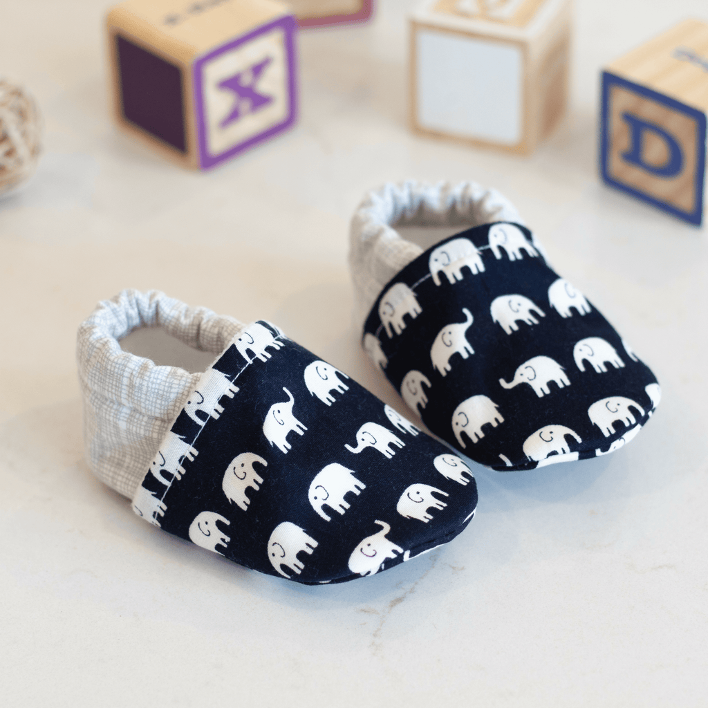 elephant baby booties, baby shower gift, boy baby booties, newborn baby shoes