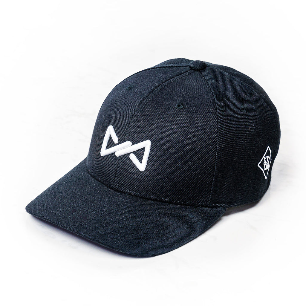 DaddyCap snapback white on black