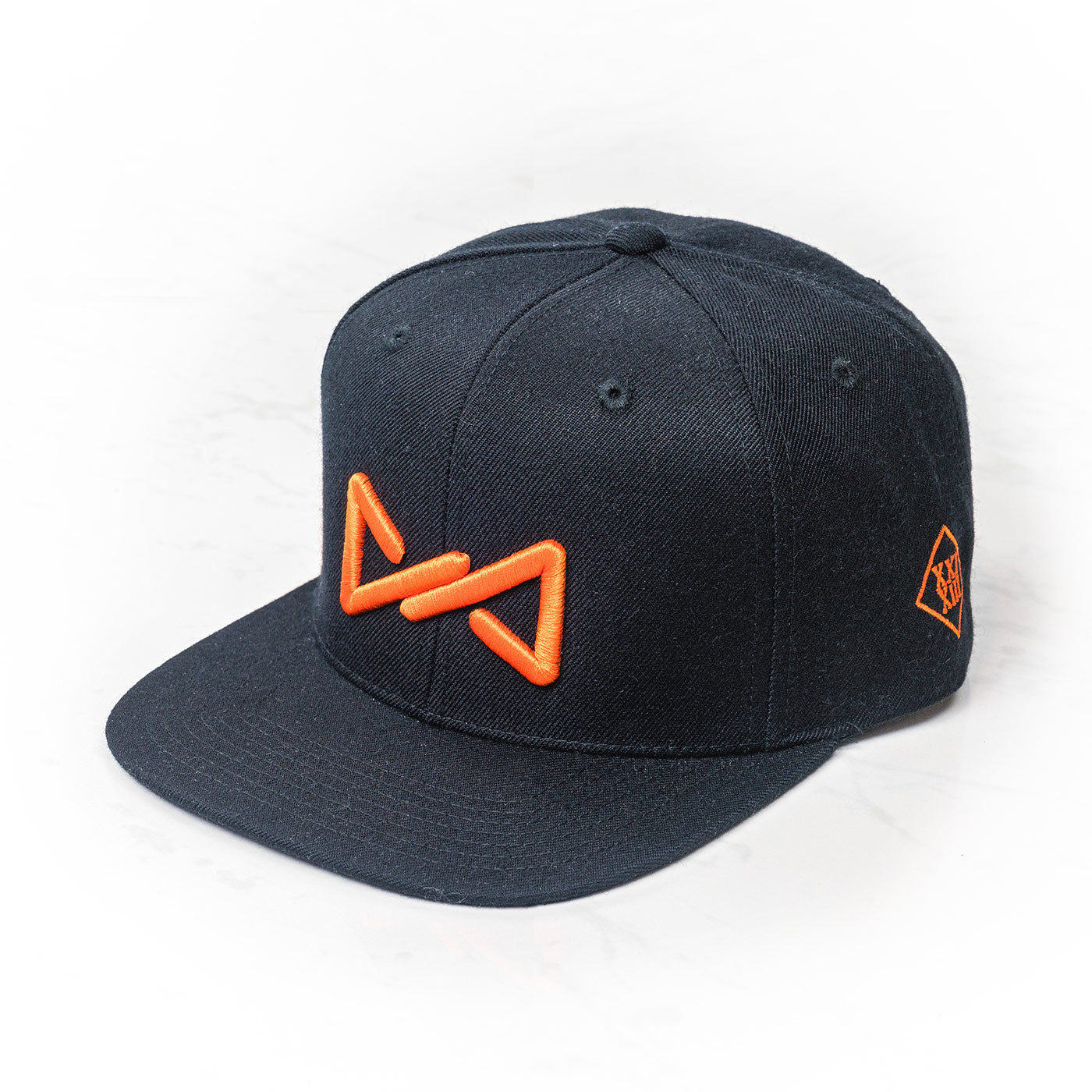 Classic snapback orange on black