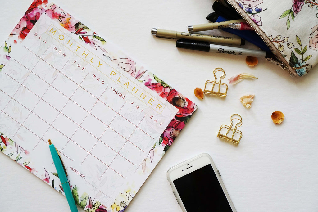 Floral Monthly Planner - Ginably - 3