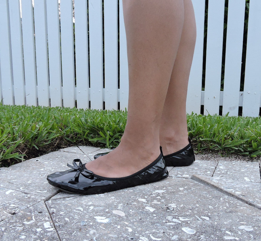 Black foldable flats