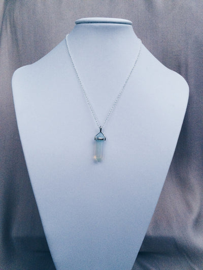 Glassy Silver Crystal Necklace - Dream Closet