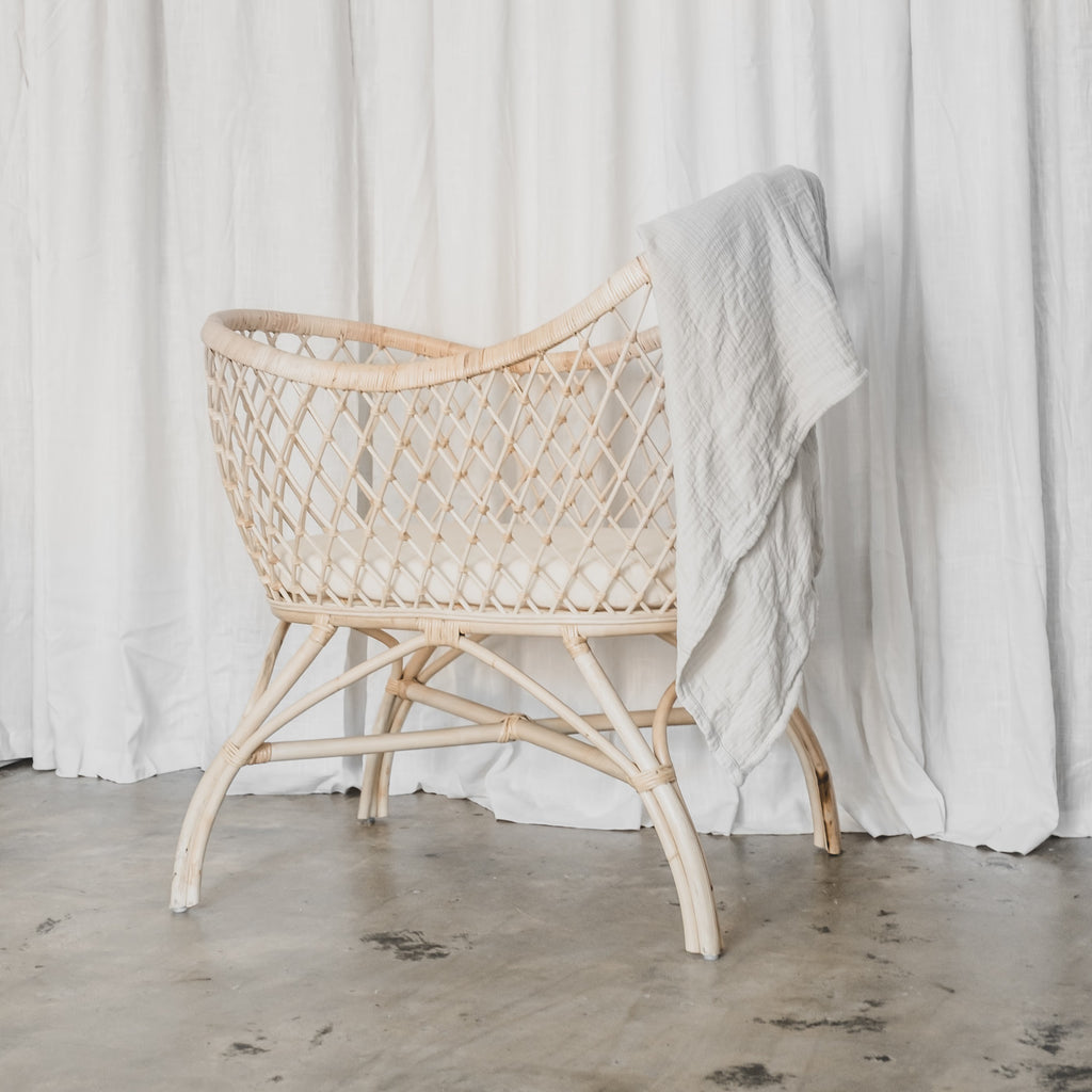Camilla Bassinet - McMullin & co.