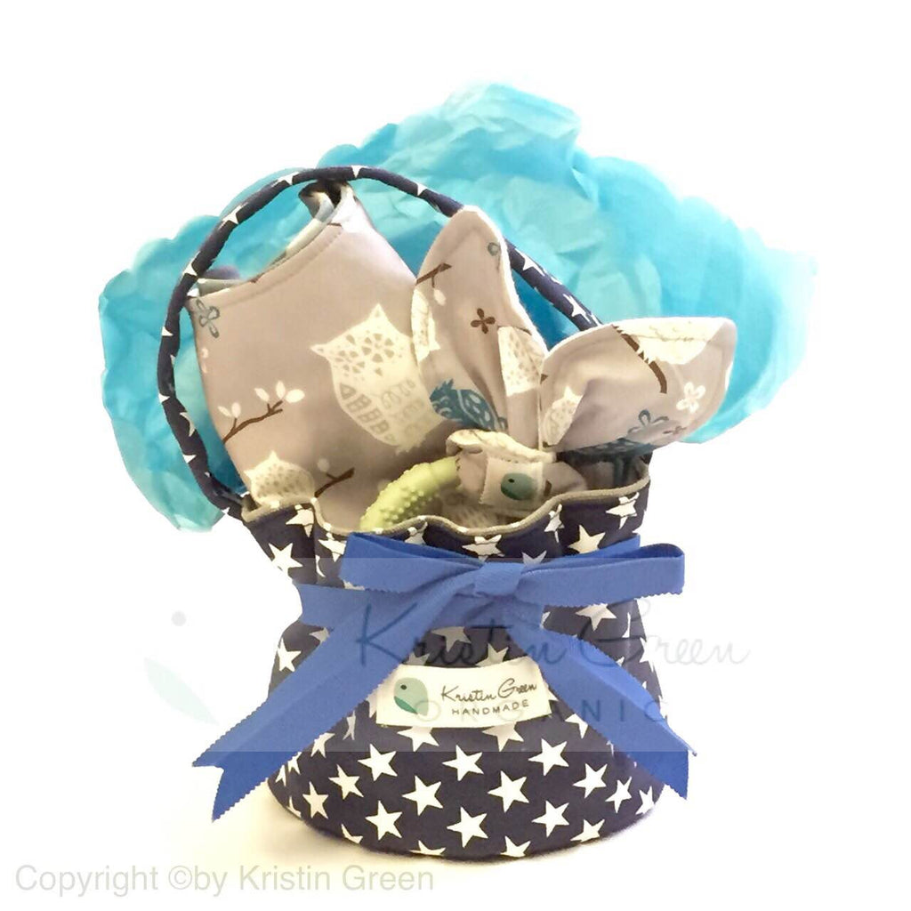 Organic personalized baby gift set a kristin green organic personalized baby gift set a negle Image collections
