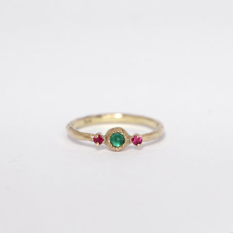 Emerald & pink sapphire ring