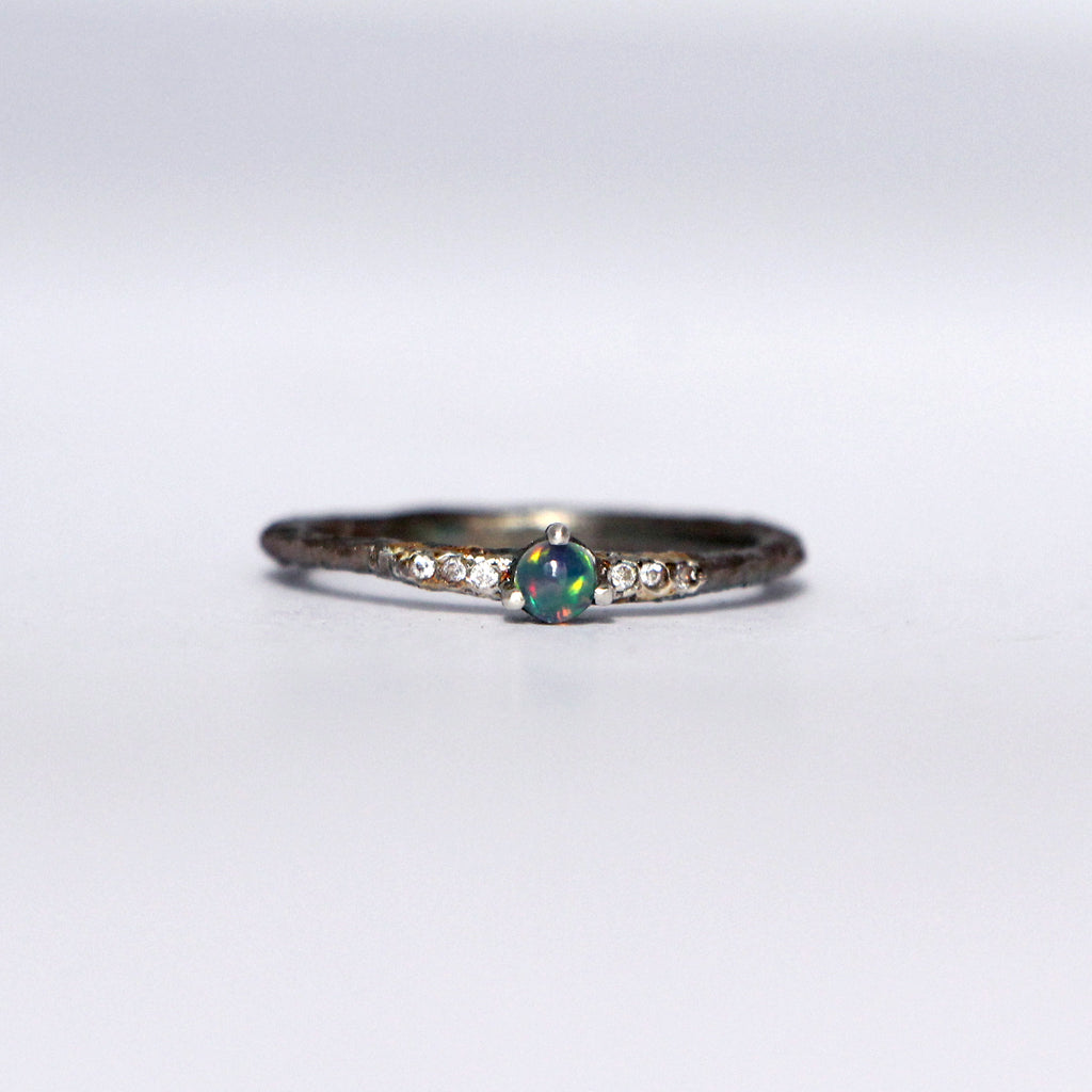 Dark Single Opal ring