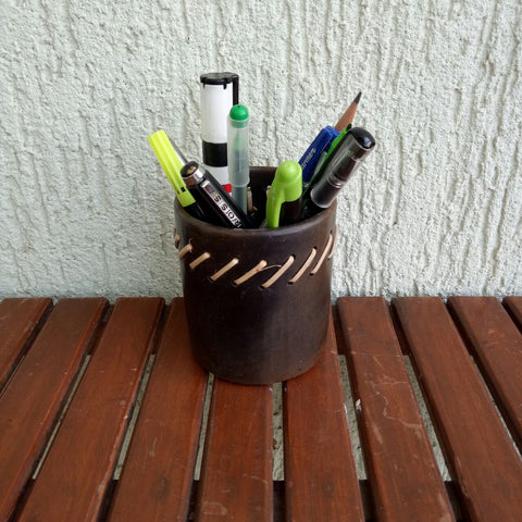 Longpi Pen Holder with cane