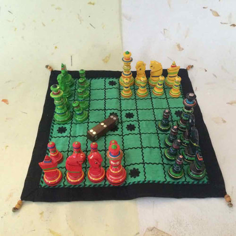 Chaduranga - Four-Handed Chess