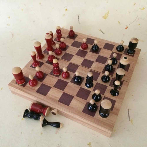 Folding Wooden Lacquered Chess Set