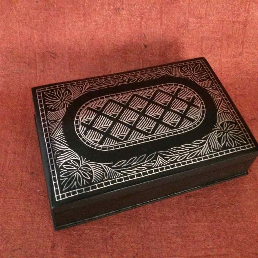 Bidri Box With Pure Silver Wire Inlay work – Heart for Art Online