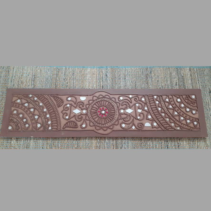 Lippai Kaam Wall Frame - Toran With Earthy Border