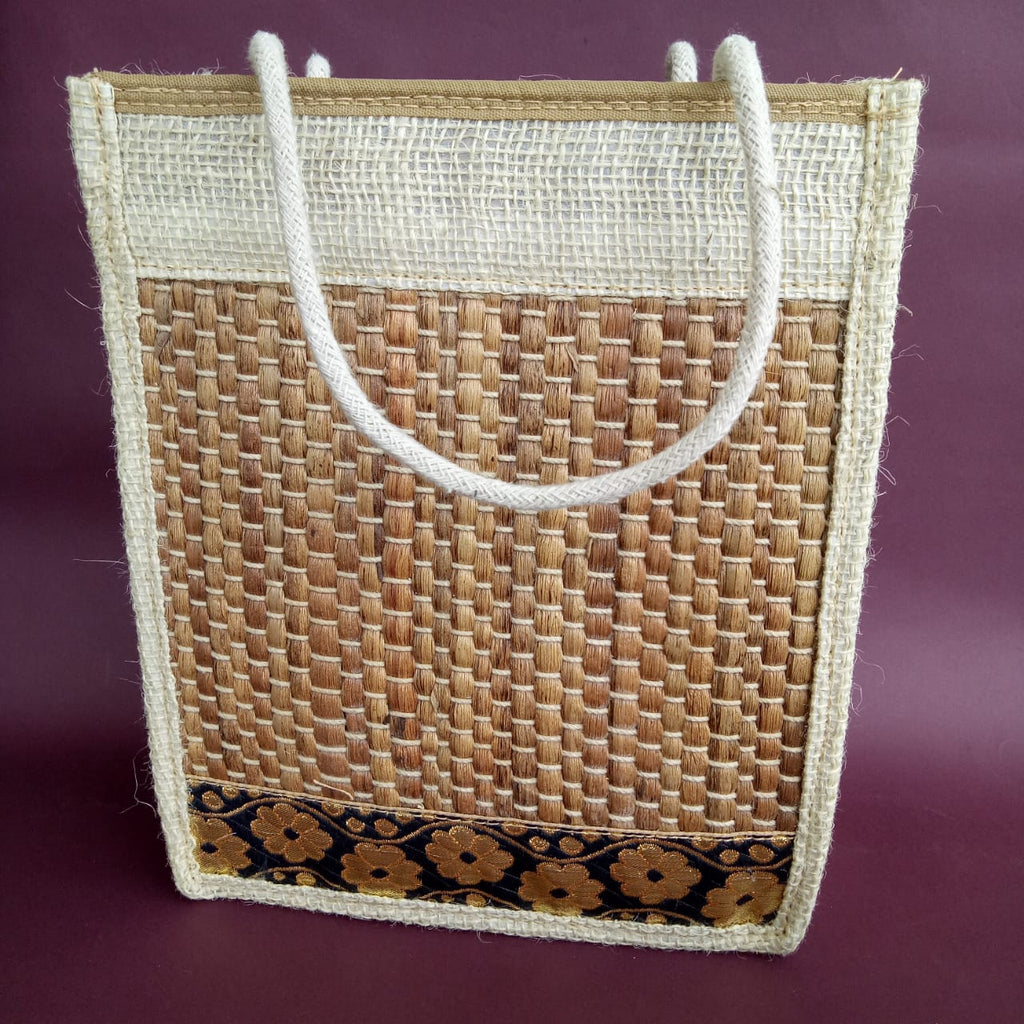 Design Water Hyacinth Tiffin Bag