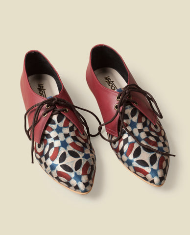 Rosemary printed tie up shoes