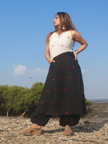 Black and White Colorblock Tunic With Bindi Motifs