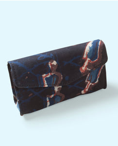 Baronial eyewear case cum hand clutch
