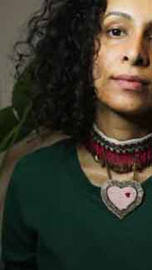 Choker with heart pendant