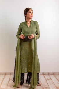 Straight kurta in Mul with a chinese collar, detailed with potli buttons