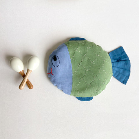 KIDS NEWBORN GIFT SET - ORGANIC MUSTARD SEED FISH PILLOW + MARACAS