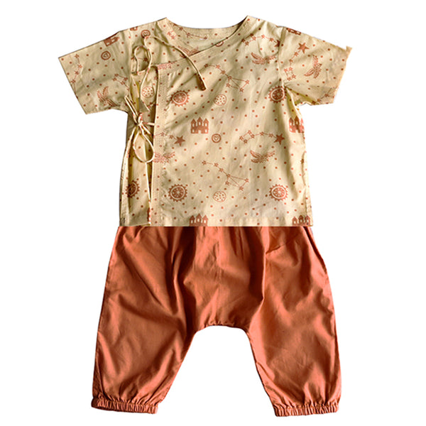 KIDS UNISEX ORGANIC DHRUVTARA PRINT ANGARAKHA TOP + NATURAL DYED ORANGE PANTS