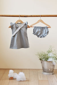Big Warm Bear Hug' Frill Dress in Grey with bloomers - Girls