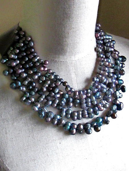 Lindero Necklace - Dark Grey Pearls