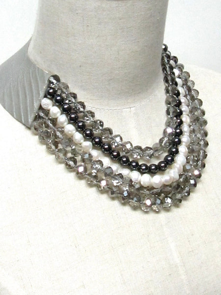 Lindero Necklace - Grey Mix