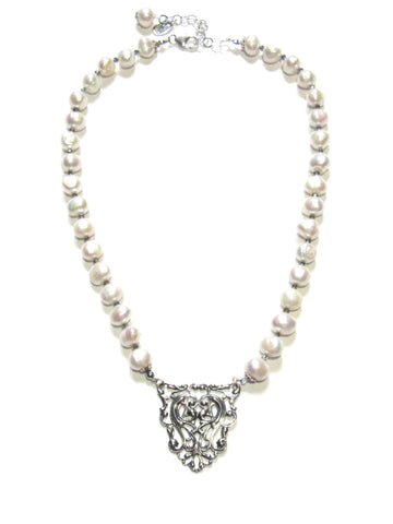 Avalon Necklace - Pearls