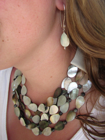 Lindero Necklace - Shell
