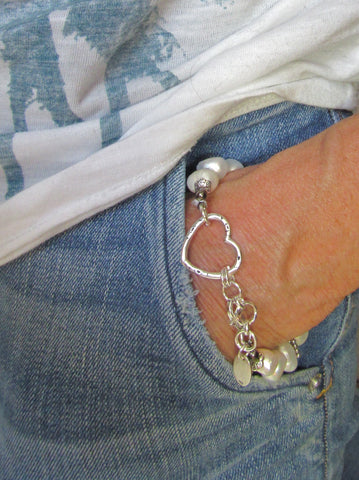True Heart Bracelet - Pearls, 2 Colors