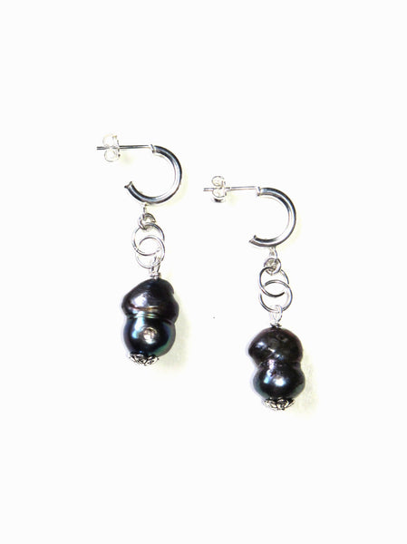 Joy Earrings - Grey Pearls