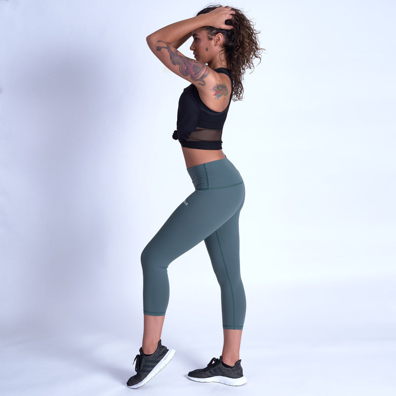 ENERGY Sculpt Capris - Green