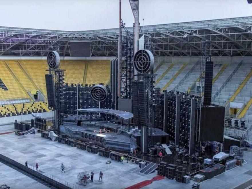 Metal Band Releases Impressive Time Lapse Video: Rammstein Stage Construction