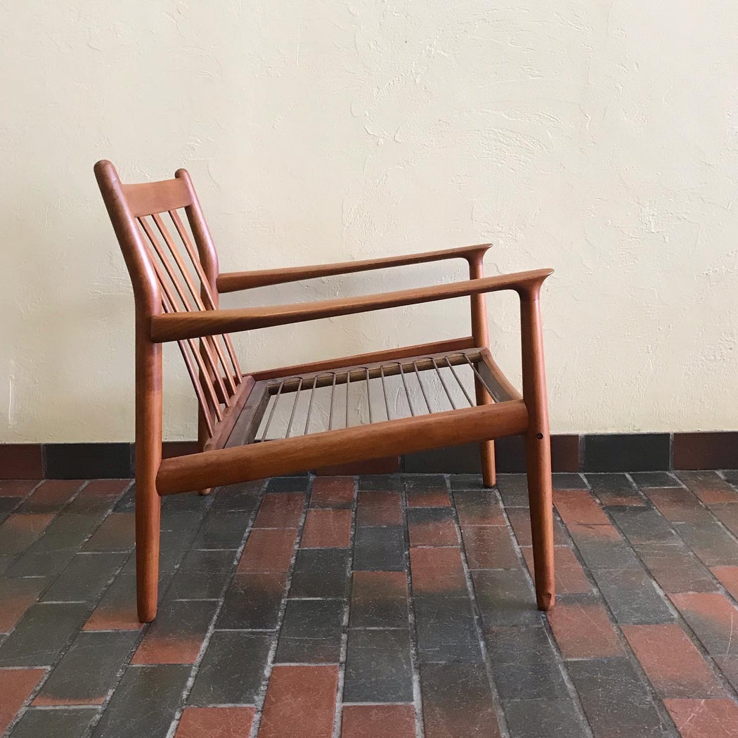 Grete Jalk Teak Lounge Chair