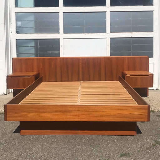 Teak Queen Size Bed