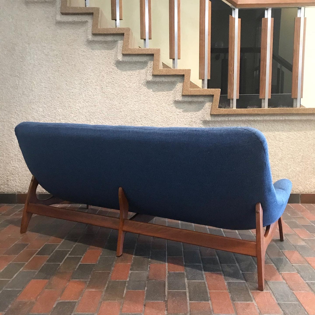 Sold • R. Huber Scoop Sofa