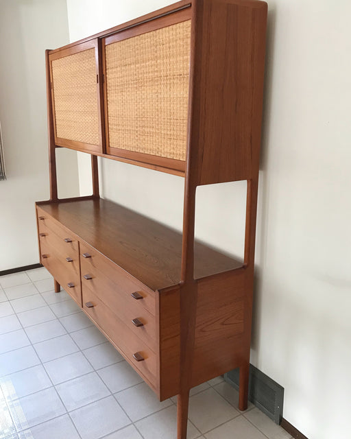 Hans Wegner RY20 Teak Highboard